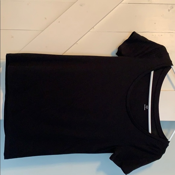 Old Navy Tops - OLD NAVY SCOOP NECK tee size small